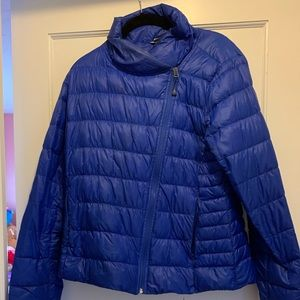Athleta light down jacket